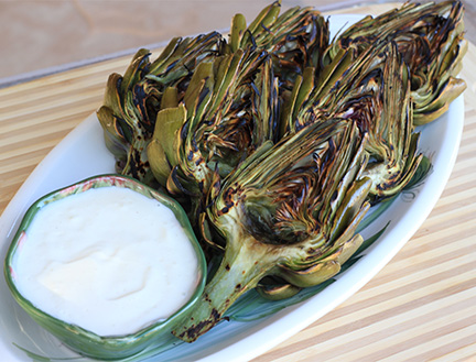 Grilled-Artichokes-Lemon-Aioli