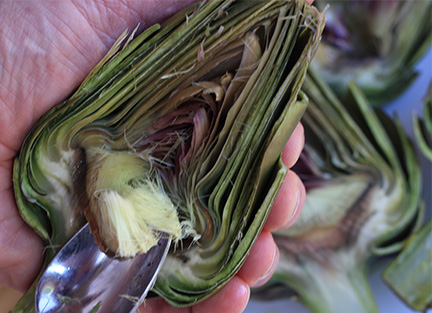 How-to-remove-the-choke-from-an-artichoke-sm