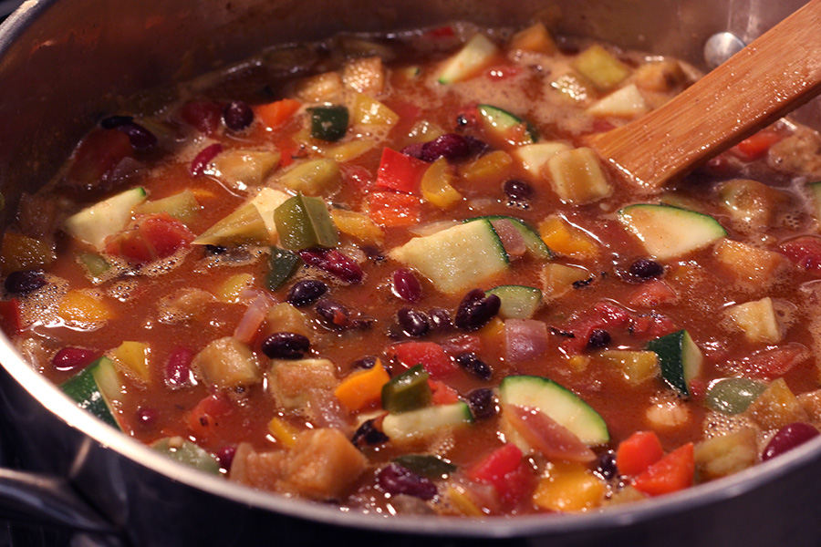 Three-Bean-Vegetarian-Chili-cooking
