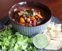 Three-Bean-Vegetarian-Chili-web